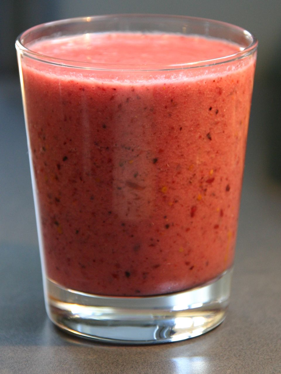 Three Ingredient Healthy Triple Berry Smoothie Recipe ...